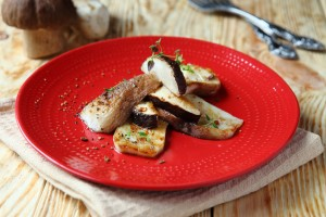 roasted porcini mushroom halves, cep