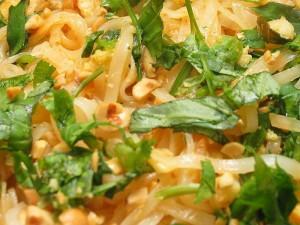 würziges Thai-Basilikum-Huhn